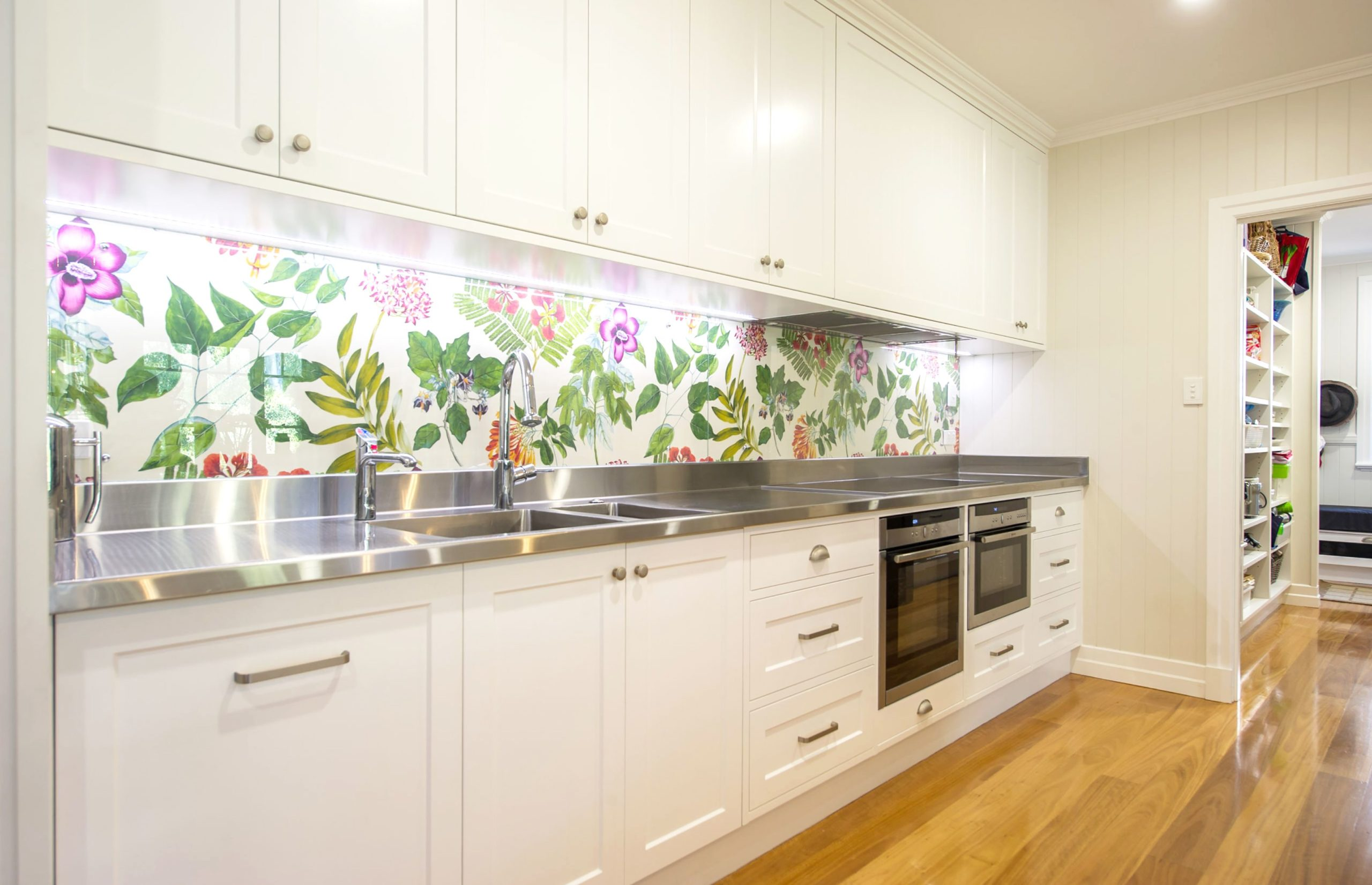 Stainless steel kitchen benchtop for any kitchen design